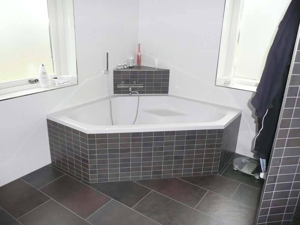 Badkamer Showroom Drenthe : Badkamerinstallaties en renovatie grotere sanitaire voorzieningen